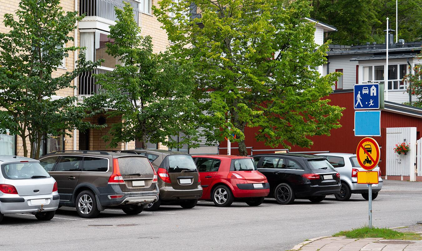 Sähköauton lataus taloyhtiöille